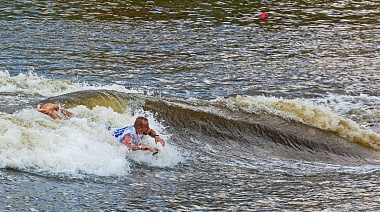 SUP-зона на wake-фестивале European Wakesurf Tour 2015 (Санкт-Петербург)